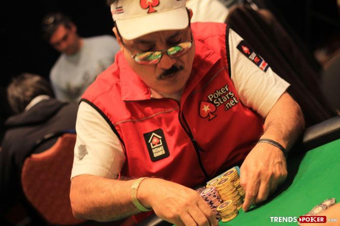 """Humberto """"El Tiburon"""" Brenes en busca de un lugar en el Salon de la Fama del Poker"""
